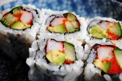 фото суши рисом наружу
